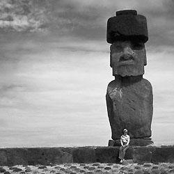 Les statues peuvent atteindre 20 mètres de hauteur...