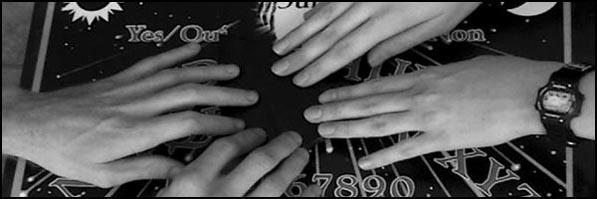 Le Ouija, la célèbre planchette spirite